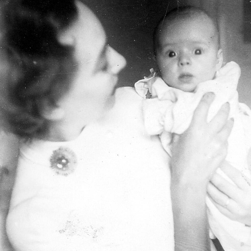 1955 Daphne and Karen @ 6½