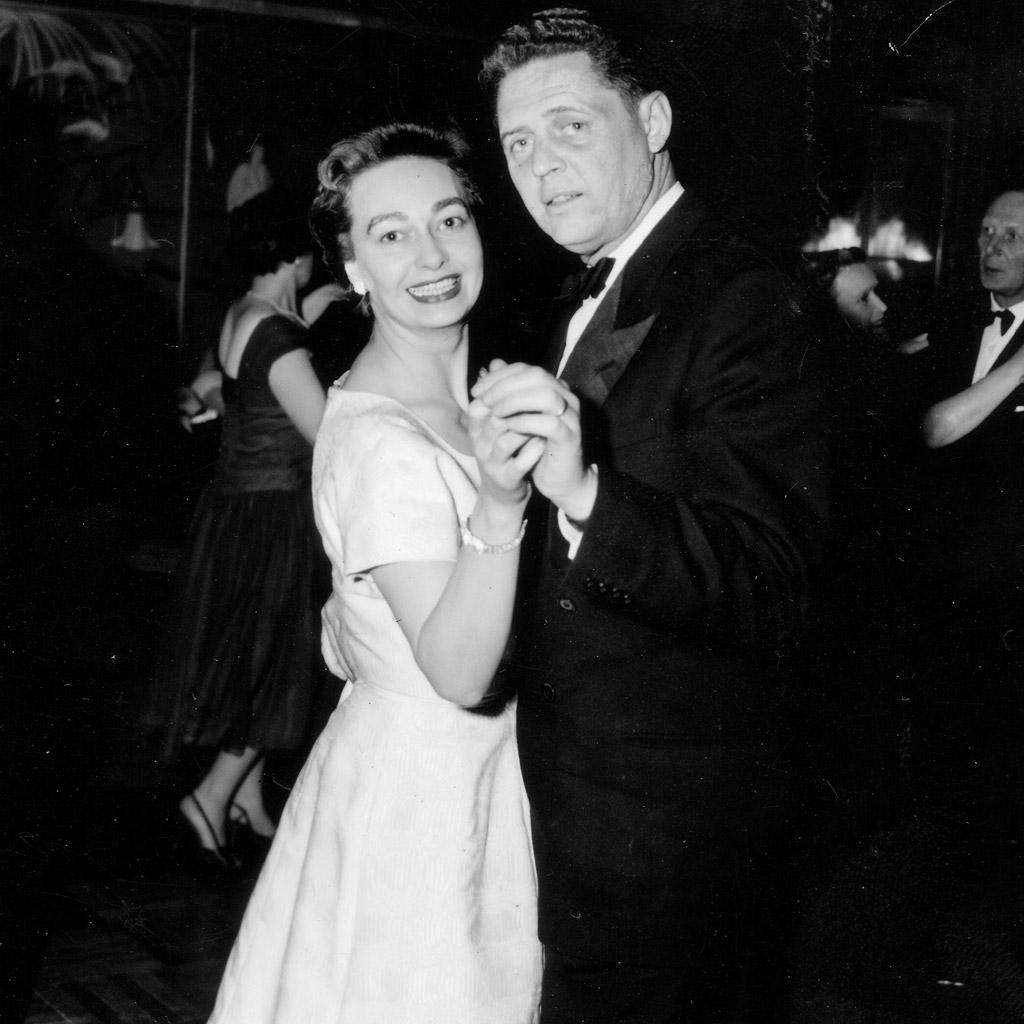 1956 Daphne Harrell & Wilson dancing on Queen Elisabeth