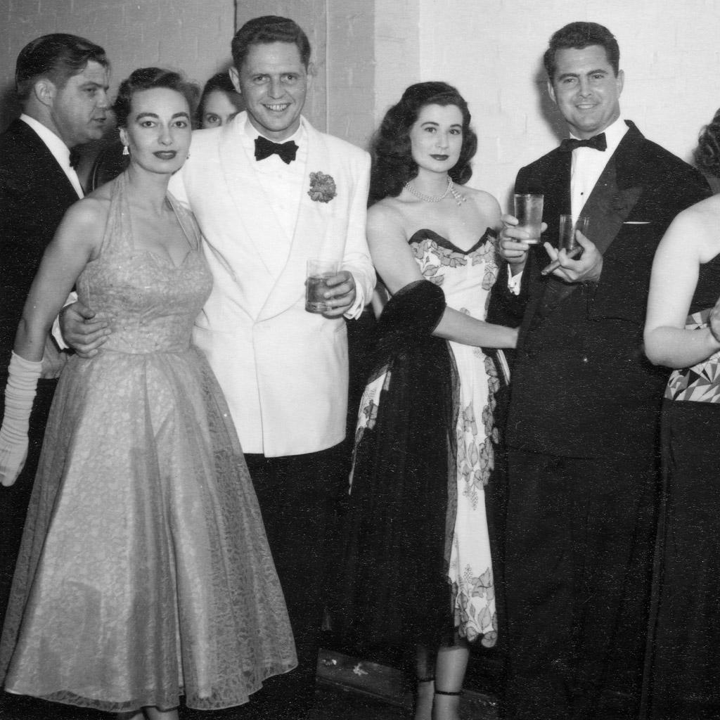 1956 Daphne & Wilson Harrell dancing on the Queen Eizabeth