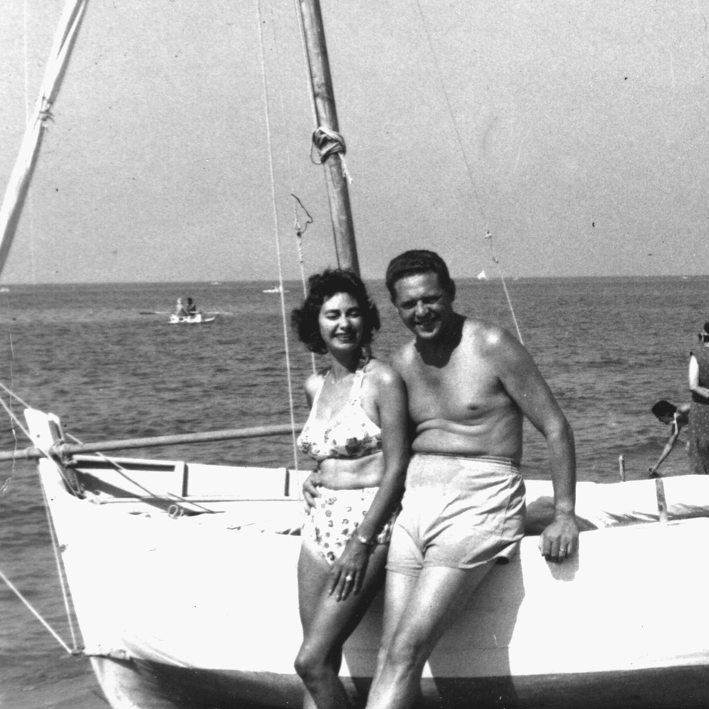 1958 Daphne and Wilson in Italy