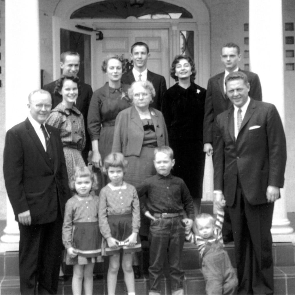 1959 Daphne with Wilson & Osmah & Famlies