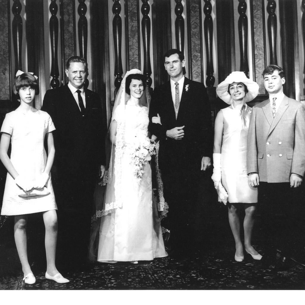1967 Mary Jane & Larry's wedding with Daphne