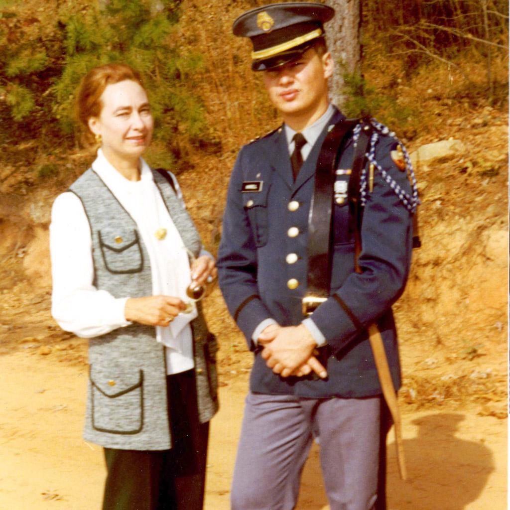1971 Daphne with Shaun at Riverside