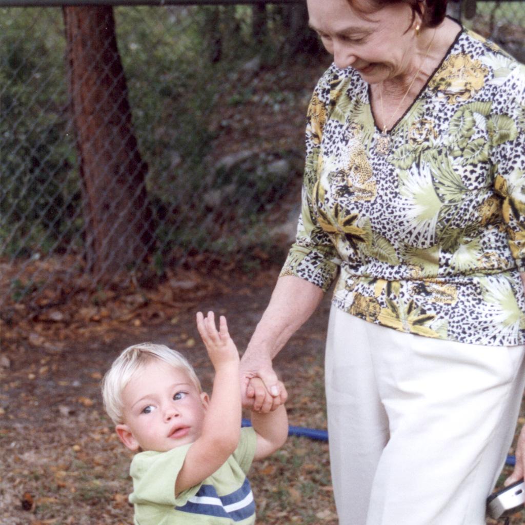 2002 Daphne playing with Sabastian