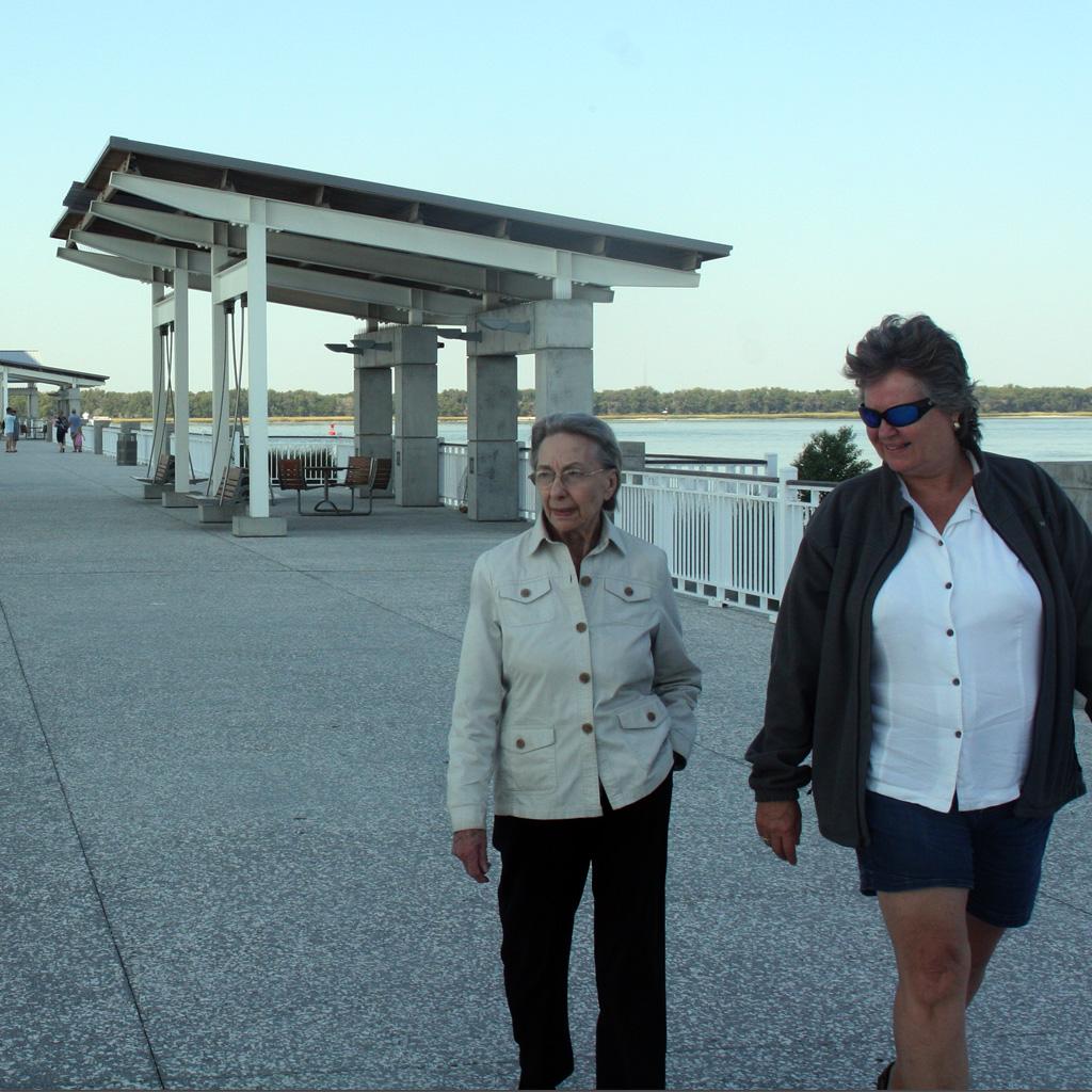 2012 Oct Daphne at Patriots Point