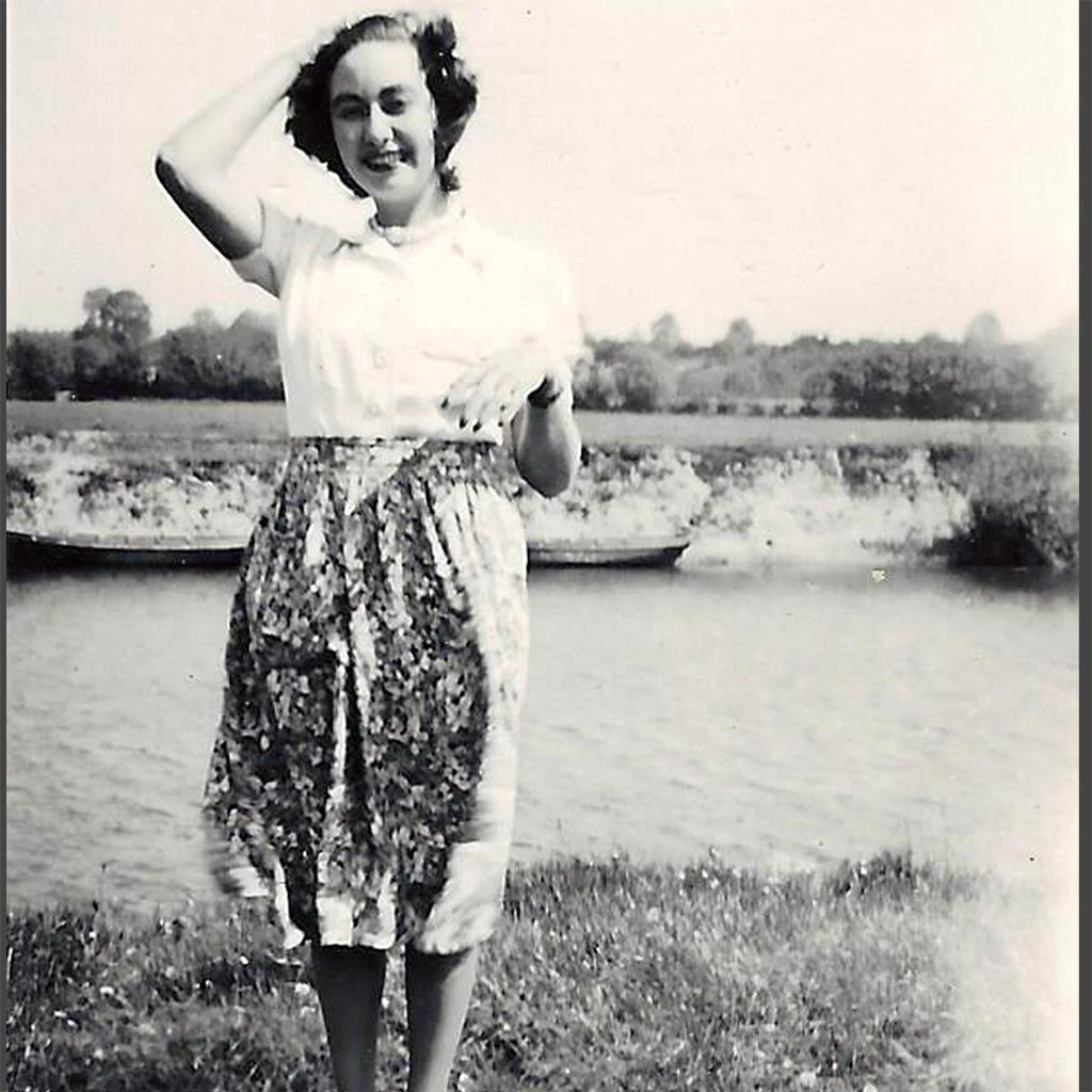 Daphne 1938-38 Standing overlooking river