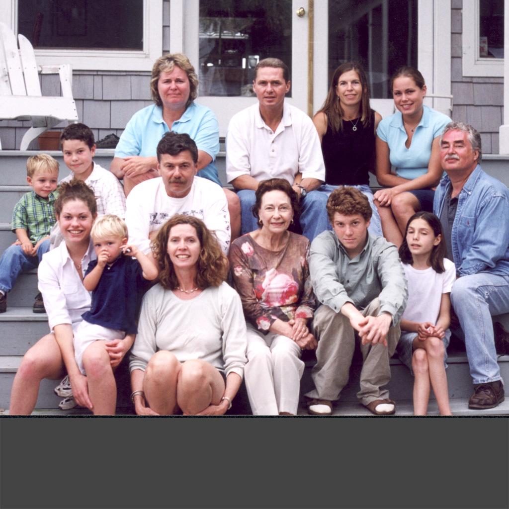 Feb 2002 Daphne's family in Charleston