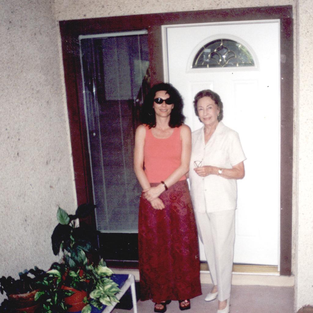 June 2002 Daphne with Eva